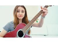 Hướng dẫn chọn mua đàn Guitar giá rẻ cho người mới học