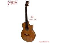 Đàn guitar Valote – Những kỹ năng cần thiết để chơi guitar đệm hát
