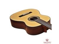 Học chơi đàn guitar Valote – Những lợi ích không thể bỏ qua