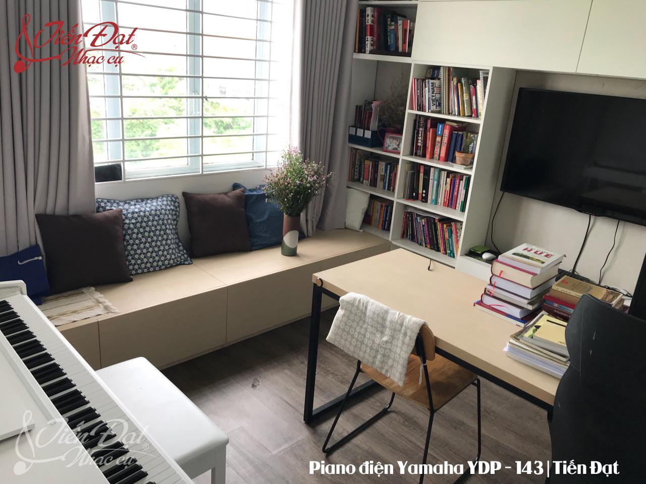 Piano Yamaha YDP 143